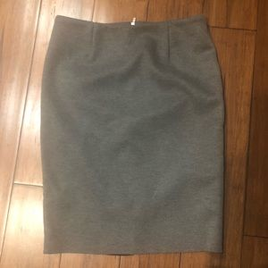 Grey pencil skirt, size small.